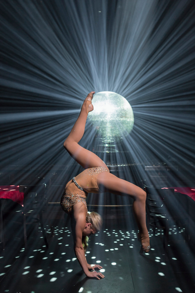 Valerie Murzak Mirrorball Act Handstand
