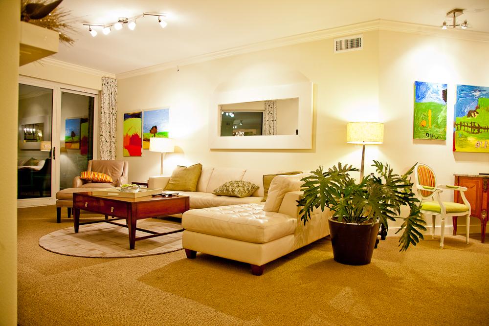 Living Room-IMG_7985.jpg