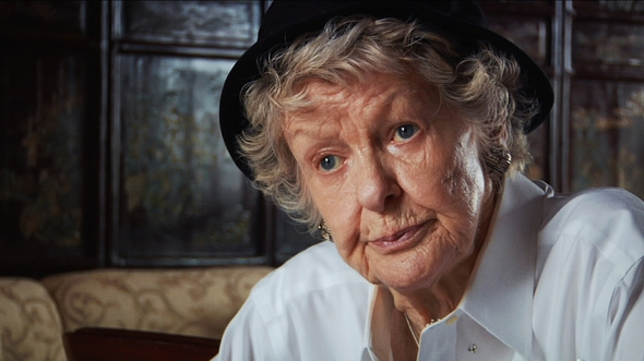 elaine-stritch-shoot-me-001.jpg