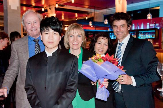 Sir James Wallace, Rae de Lisle, Christine Choi (Jason's mother) & John Eady pictured with Jason Bae.
