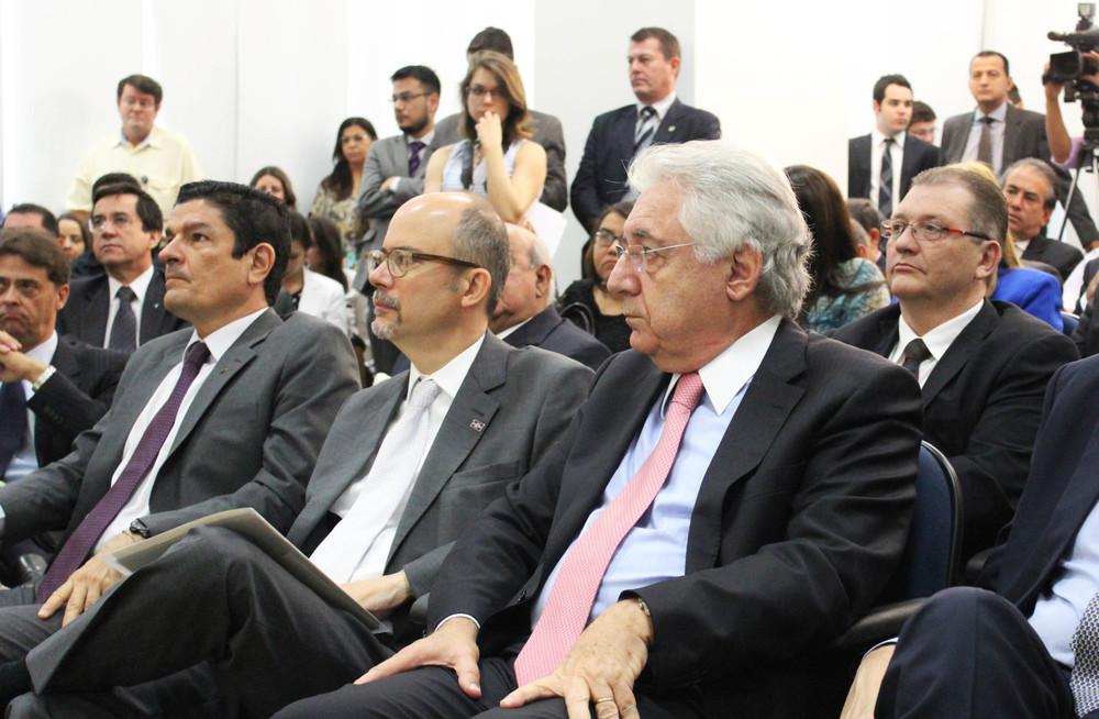 Ministro Vinicius Lajes (Turismo), presidente do Sebrae, Luiz Barretto e o ministro Afif Domingos