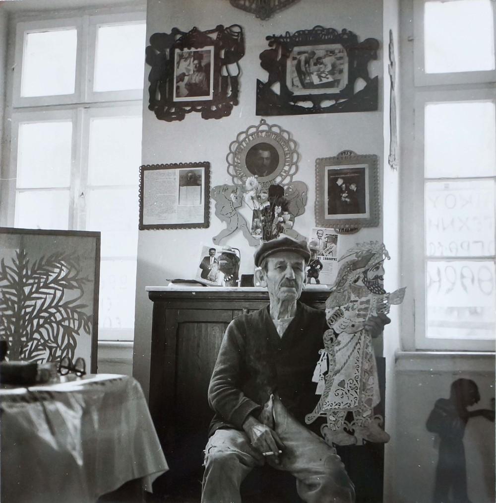 sotiris spatharis in his plaka workshop, 1971  photo:p. tarlow