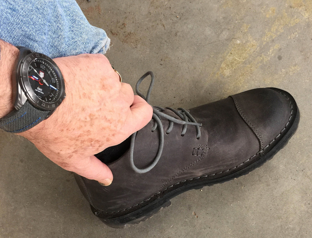 i got a new pair of grey  keen  shoes in edwards, which work perfectly with my new grey luminox watch.