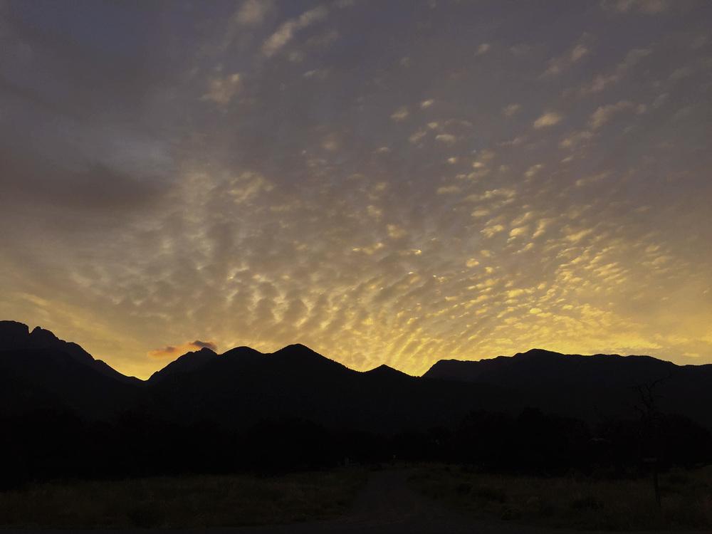 site-8-26-15 6 am sky.jpg