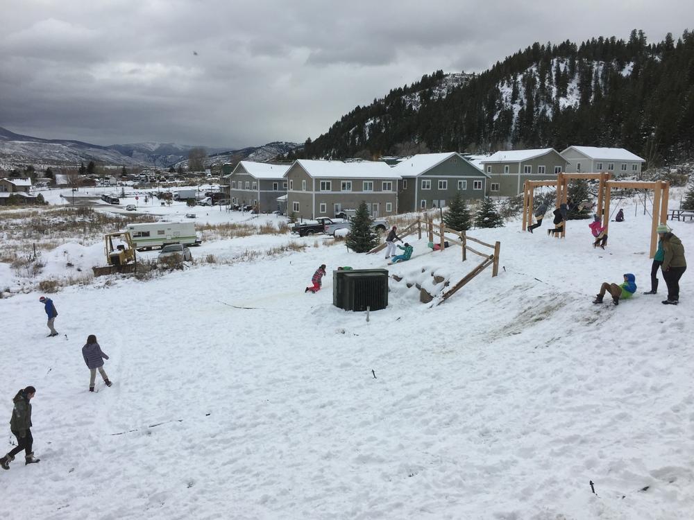 middle school kids in edwards on break following a snow storm