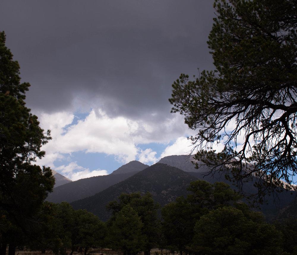 7-14-18 approaching thunderstorm.jpg