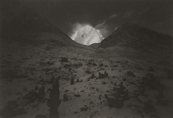 Tibet by  Kenro Izu  (2000)