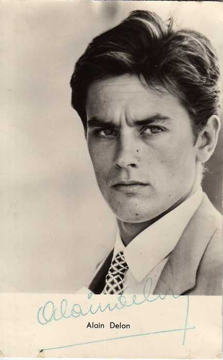 ALAIN DELON SCORES TIME MACHINE COUGARS, GRÂCE À MOI     timemachinecougar :     It's hard to resist  Alain Delon  circa 1961. He's simply breathtaking in  Purple Noon  and so seductive in Antonioni's  L'Éclisse , and just badass in  Le samouraï . Just one more reason I wish I had been the age I am now, then… *swoon*    (Ooh la la! This post was written by Guest Cougar  Eve  aka  wunderfemme .   Merci beaucoup!  )         Time Machine Cougar   is one of my new tumbloves:  For those of us who appreciate fine looking men from past decades, kind  of in the same way that some people appreciate vintage wines or fine  arts… so much that they want to make out with them.