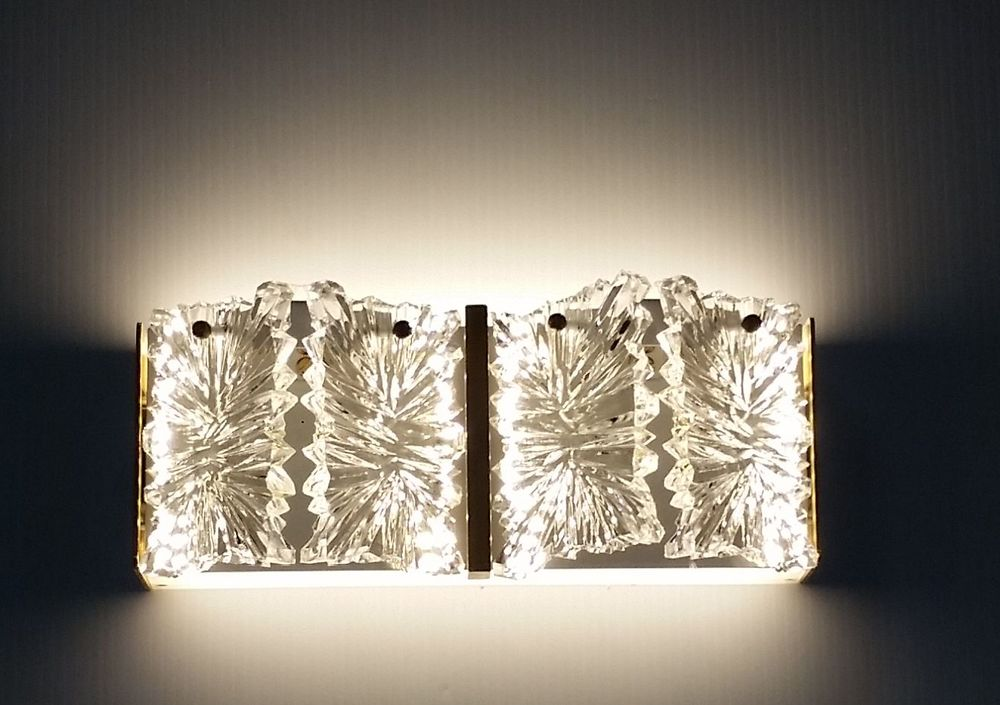 Cascade Wall Light