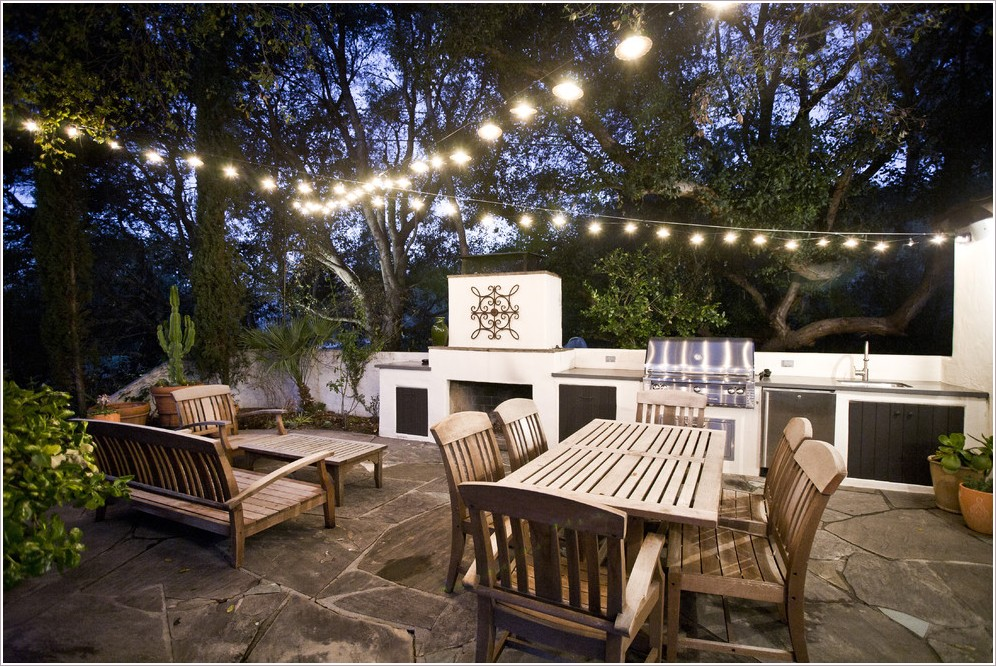 patio-contemporary-los-angeles-barbecue-container-plants-grill-outdoor-dining-outdoor-fireplace-outdoor-kitchen-patio-furniture-patio-lighting-pavers-potted-plants-string-lights-id-1017.jpg