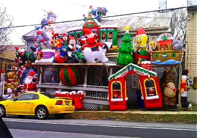 inflatable christmas decorationsjpg