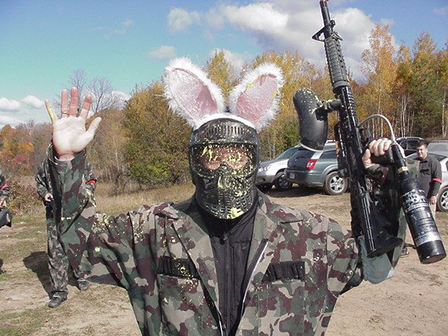 paintballgame-bunny