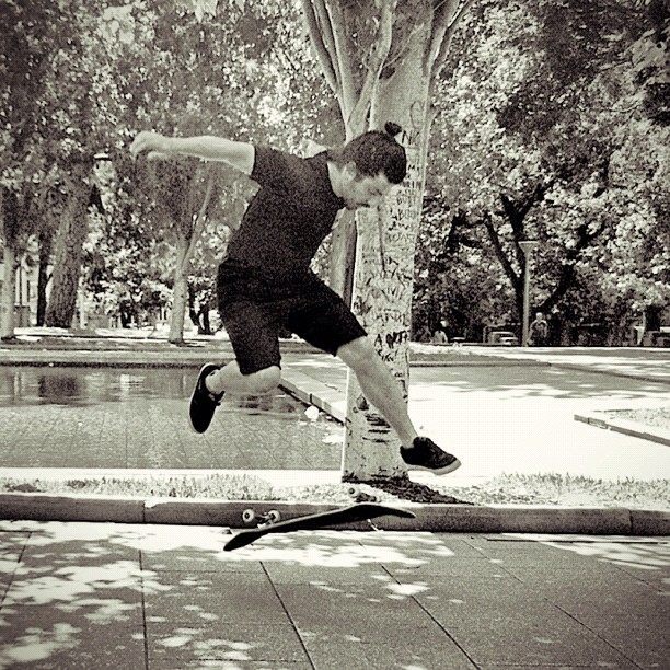 My all time favourite maneuver - 360 flip. Captured by @amtapia 😉 (Taken with  Instagram  at Hyde Park)