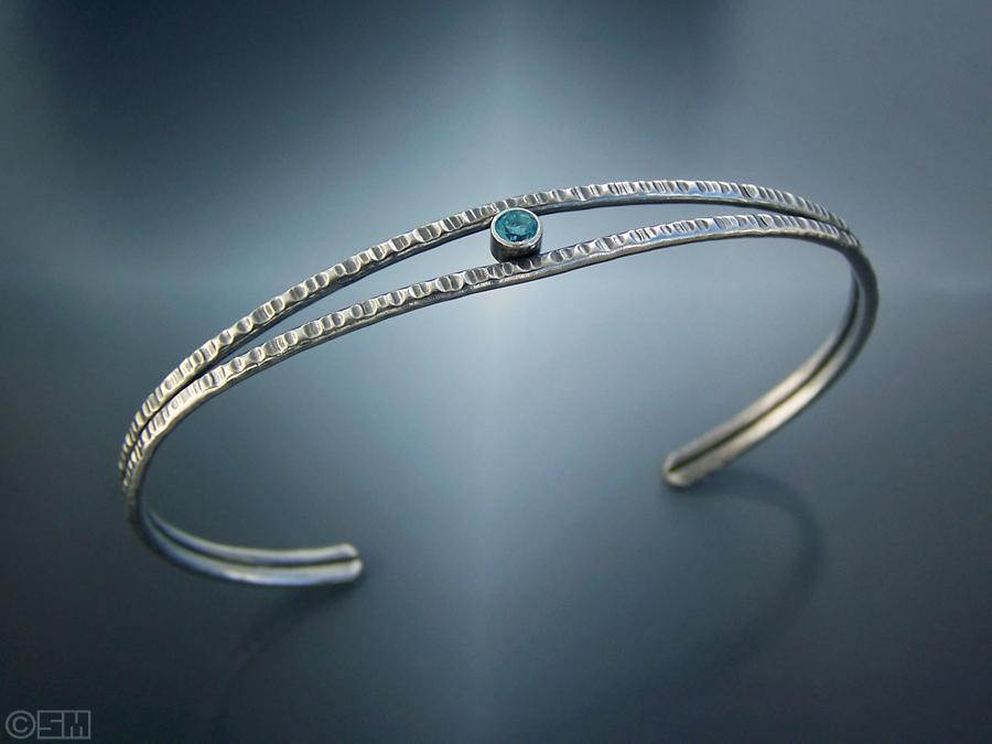 topaz hammered bracelet.jpg