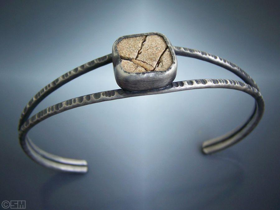 crack rock bracelet.jpg
