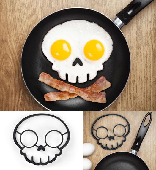 skull-eggs.jpg