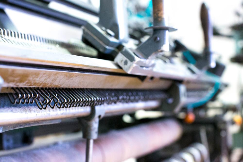 alafoss knitting machine.jpg