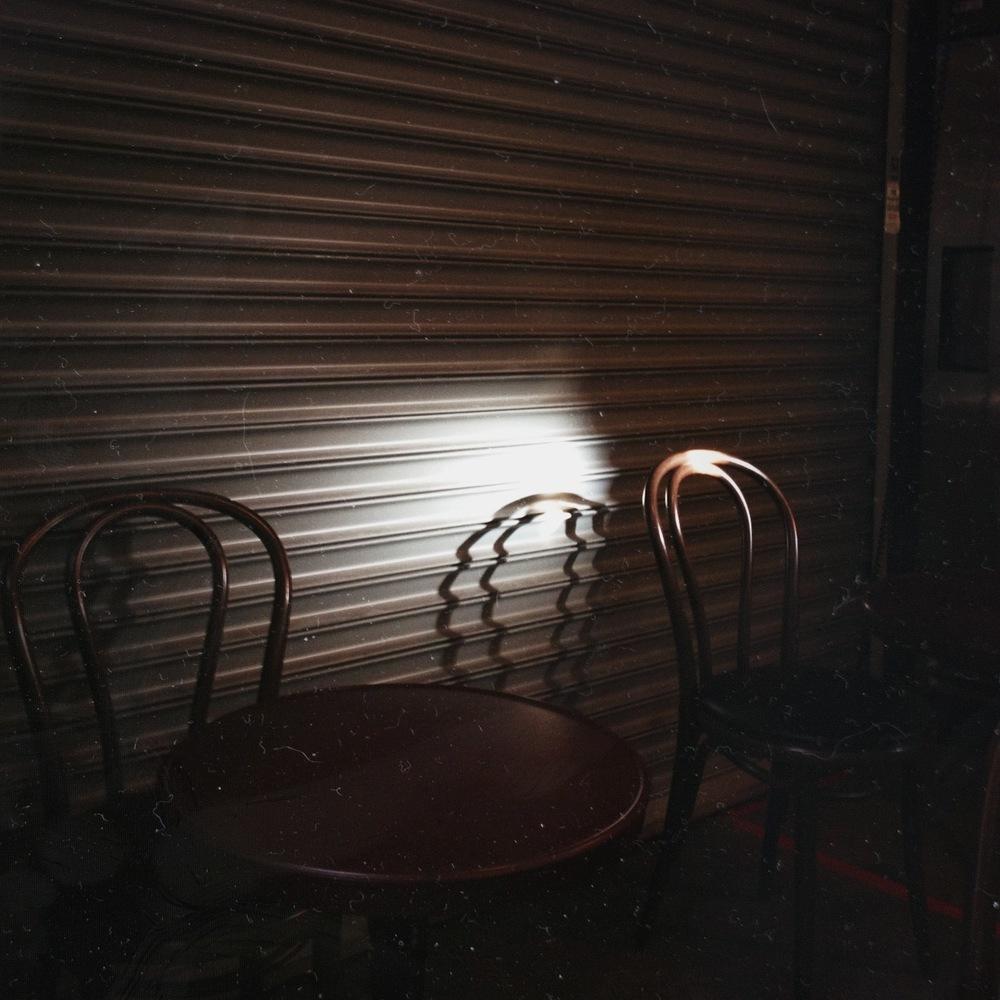 chair_shadow.JPG