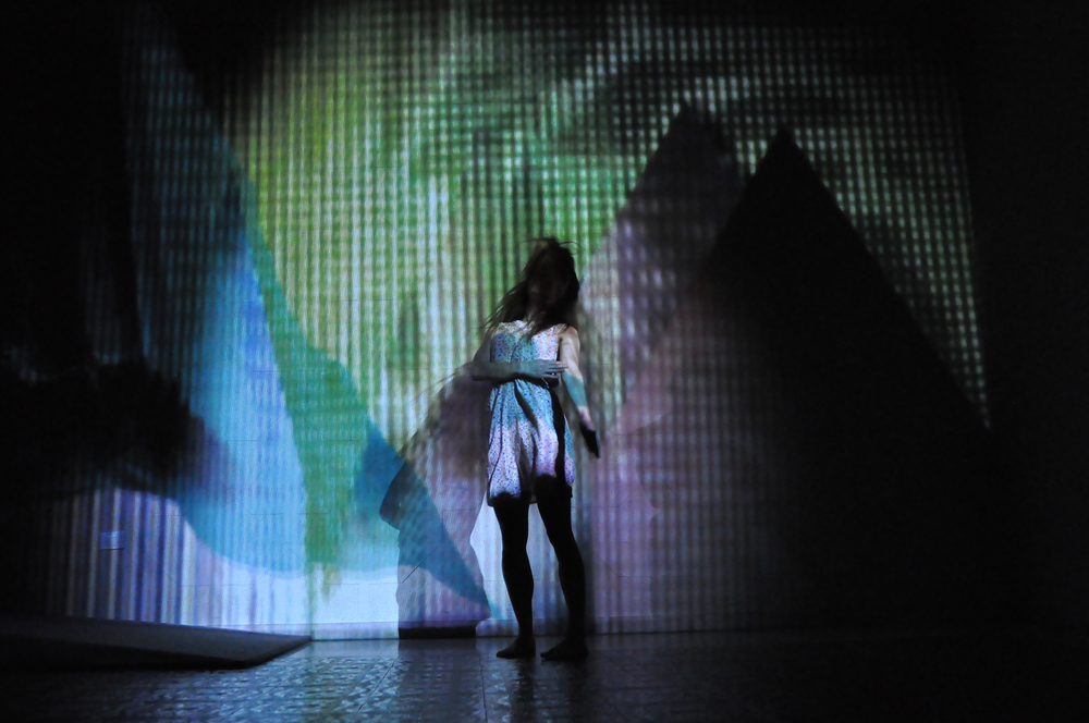 Photo: Francesco Franz Ferro    Concept: Animu Dance Company   Choreography and Dance: Anastasia Kostner   Inspiration from: Gabriella Maiorino   Live Visuals, Stage Design, Software Engineering: Maarten van der Glas   Music: John Hopkins, Aphex Twin   Produced by: Animu Dance Company   Supported by: Institut de Cultura Ladina   See more about Animu Dance:  ainimu.co  Read the first review of Geomorphosis:  Usc Di Ladins