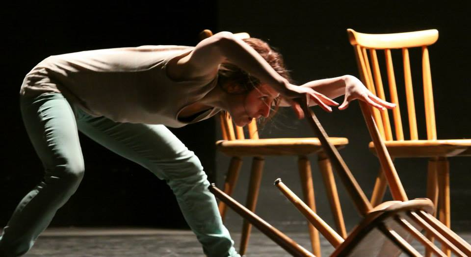 As a dancer and performer Keen in different movement styles, my repertoire goes from contemporary, modern techniques (flying low, release, gaga) and classical ballet to instant composition, partnering, contact improvisation, physical theatre, capoeira and butoh.  Image: Wie es ist by IDEAtanztheater, photo credit Maurizio Giannone (IT)
