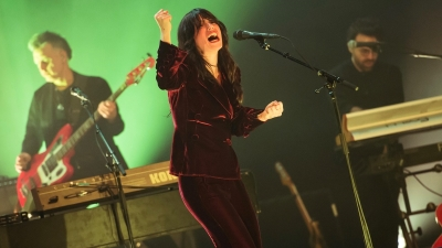 http://buzzbands.la/2019/03/03/photos-sharon-van-etten-at-the-theatre-at-ace-hotel/