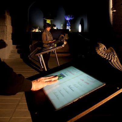 """la galleria multimediale di memus: """"la messa in scena dell'arte"""" tra memoria e innovazione"""