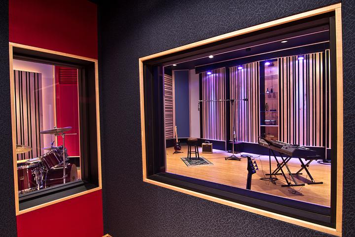 Studio_02.png
