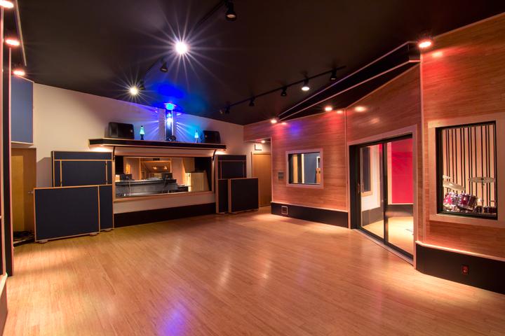 Studio_05.png