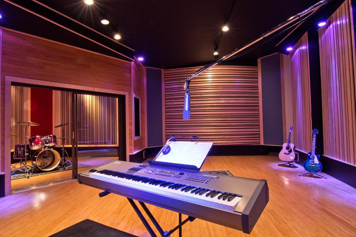 Studio_03.png