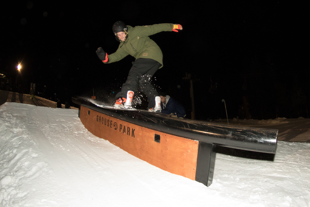 The second half of RFLF Co, Sam Weston, shows the kids how to do a proper front board.
