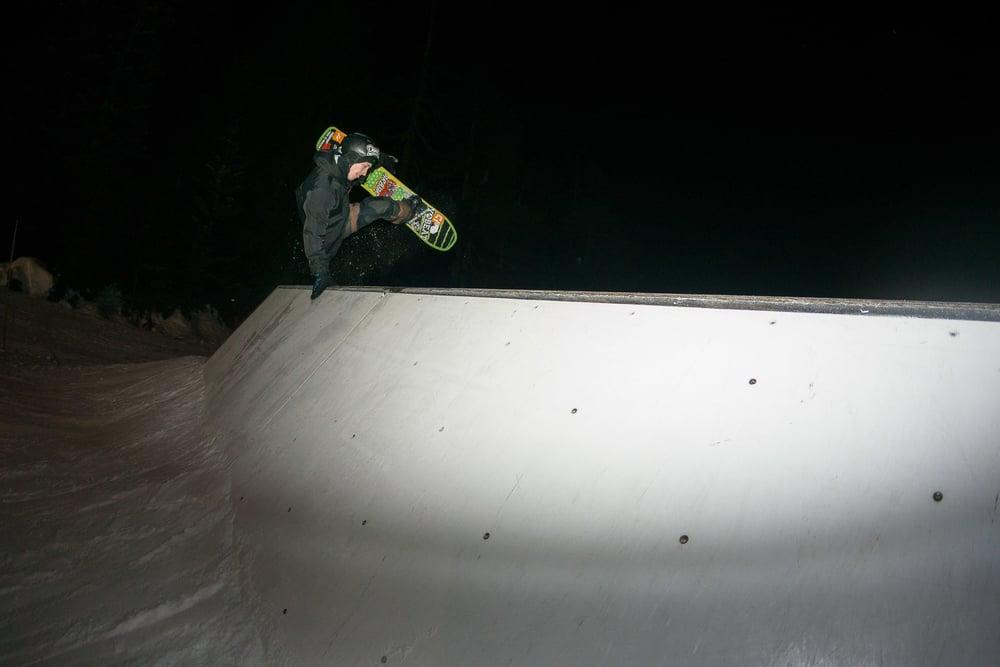 JDR_080116_vancouver_grouse_snowboarding_07081.jpg