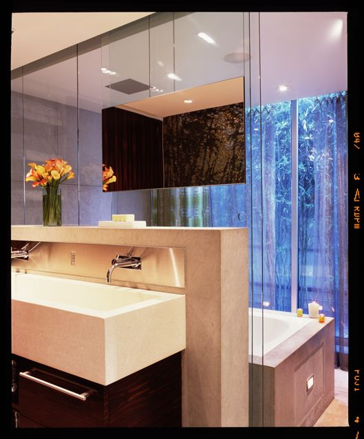 Master Bathroom[2].jpg