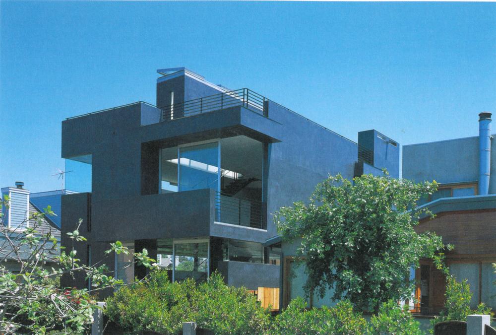 GA House-Floating House 4.jpg