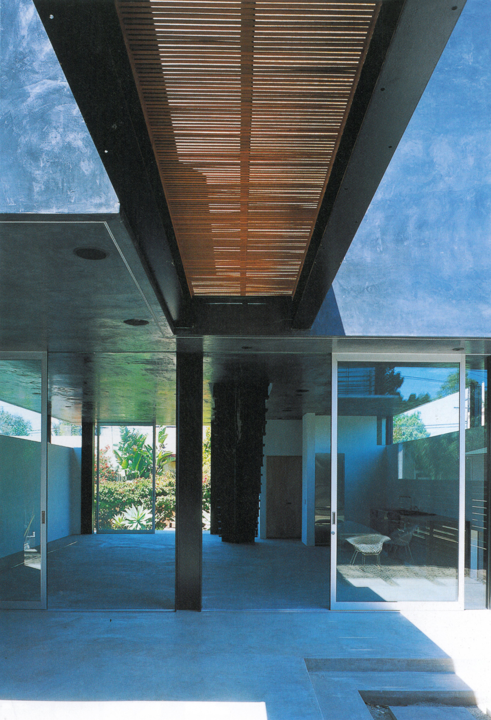 GA House-Floating House 5.jpg