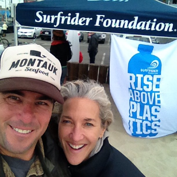 Beach clean up  with #surfriderfoundation and #sustainablesurf today at Venice Pier.