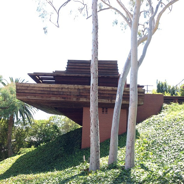 Drove by.. still one of my favorite houses in LA the Sturges Residence designed by Frank Lloyd Wright with John Lautner. 1939!