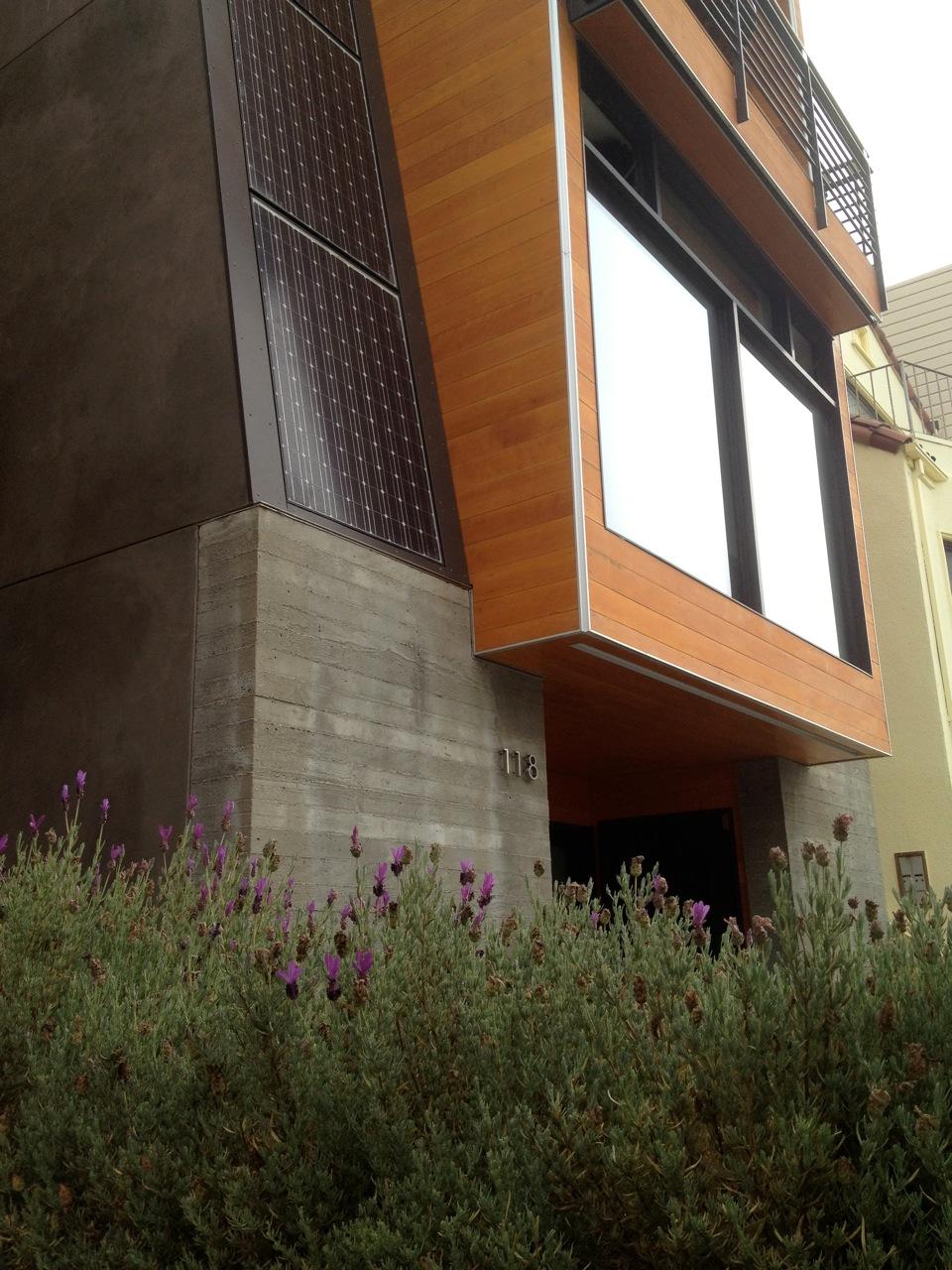 Lee front exterior detail4.jpg