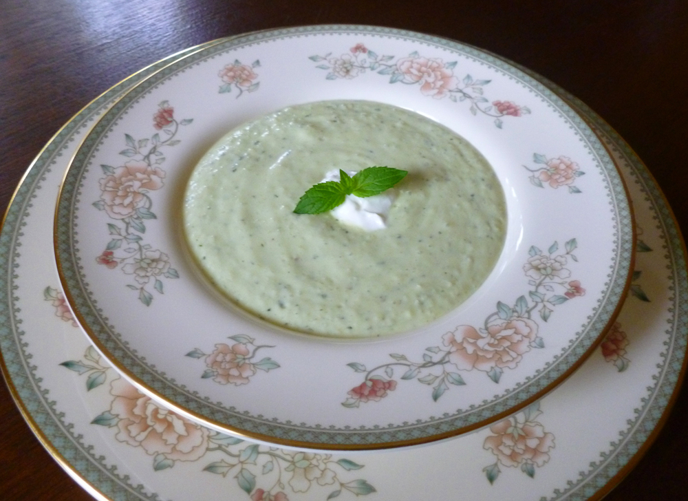 Creamy Avocado Cucumber Soup