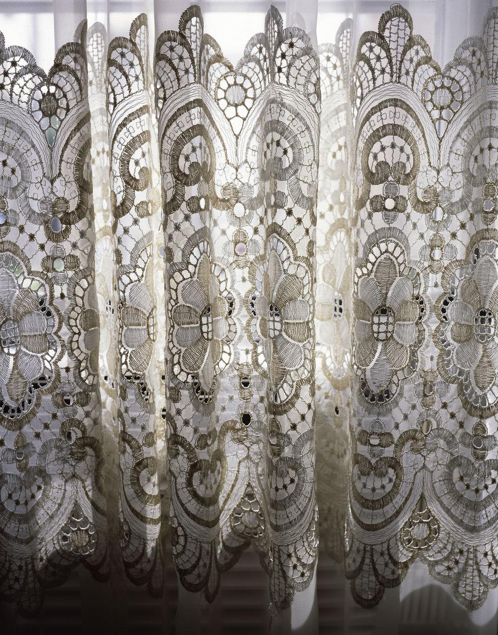 Curtain, 2006
