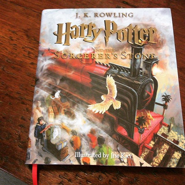 Saturday reading. First time in a while that I've been a first-year at Hogwarts. The Jim Kay paintings are incredible.