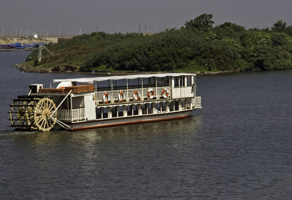 Belle Paddle Steamer at Southport
