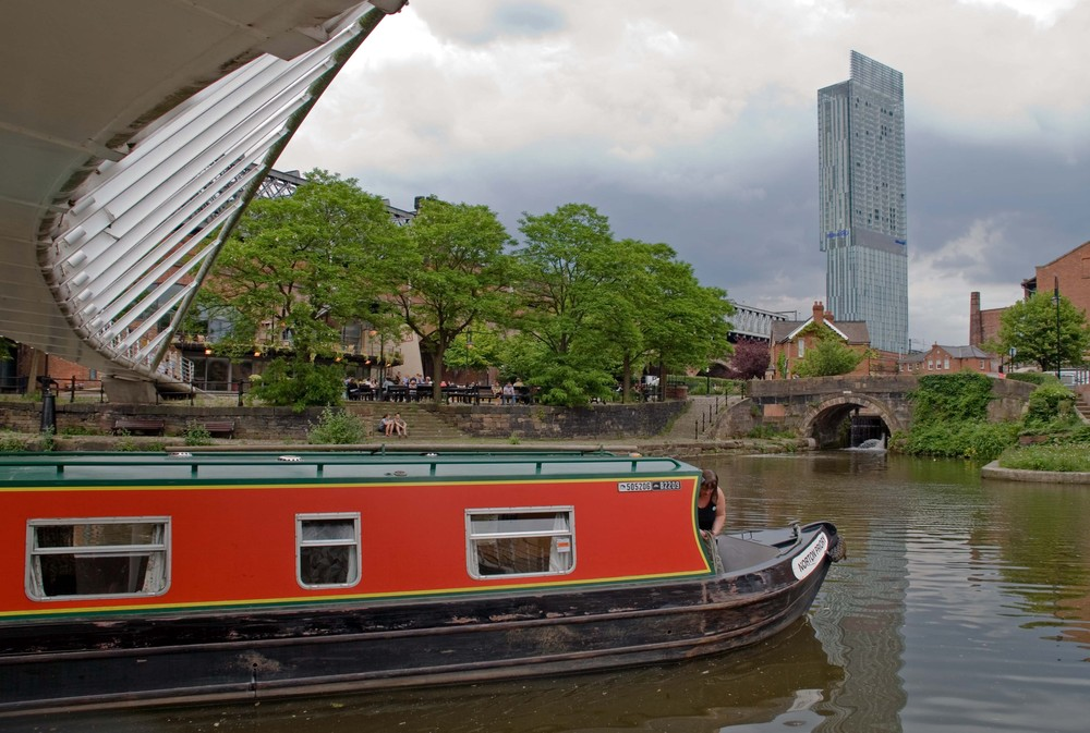 Castlefield canal boat and Beetham Tower
