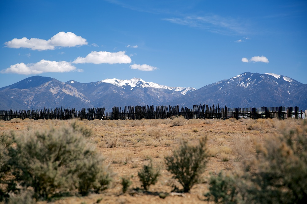 taos-mountain-2.jpg