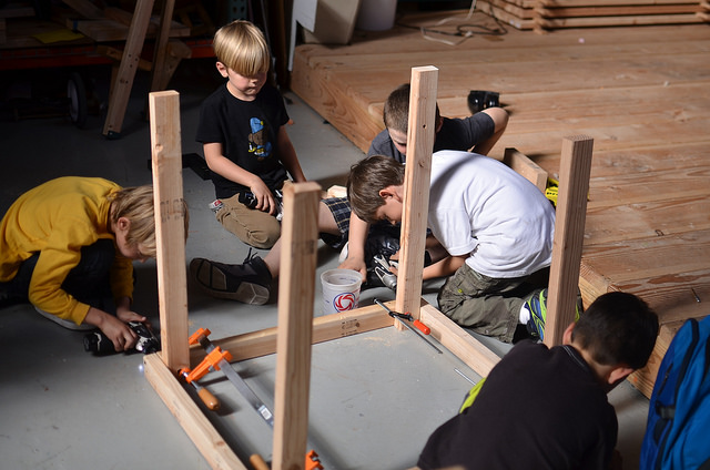 Tachen, Zander, Olivier, Evan and Luca built two massive tables.