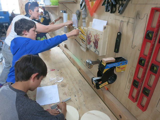 The shop's easy to follow form caters to these young independent builders and helps keep the session flowing right along.