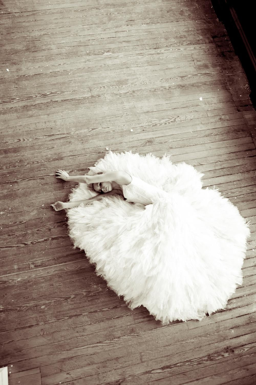 11The LANE Bridal Editorial_NYC_Lauren Ross 16.jpg