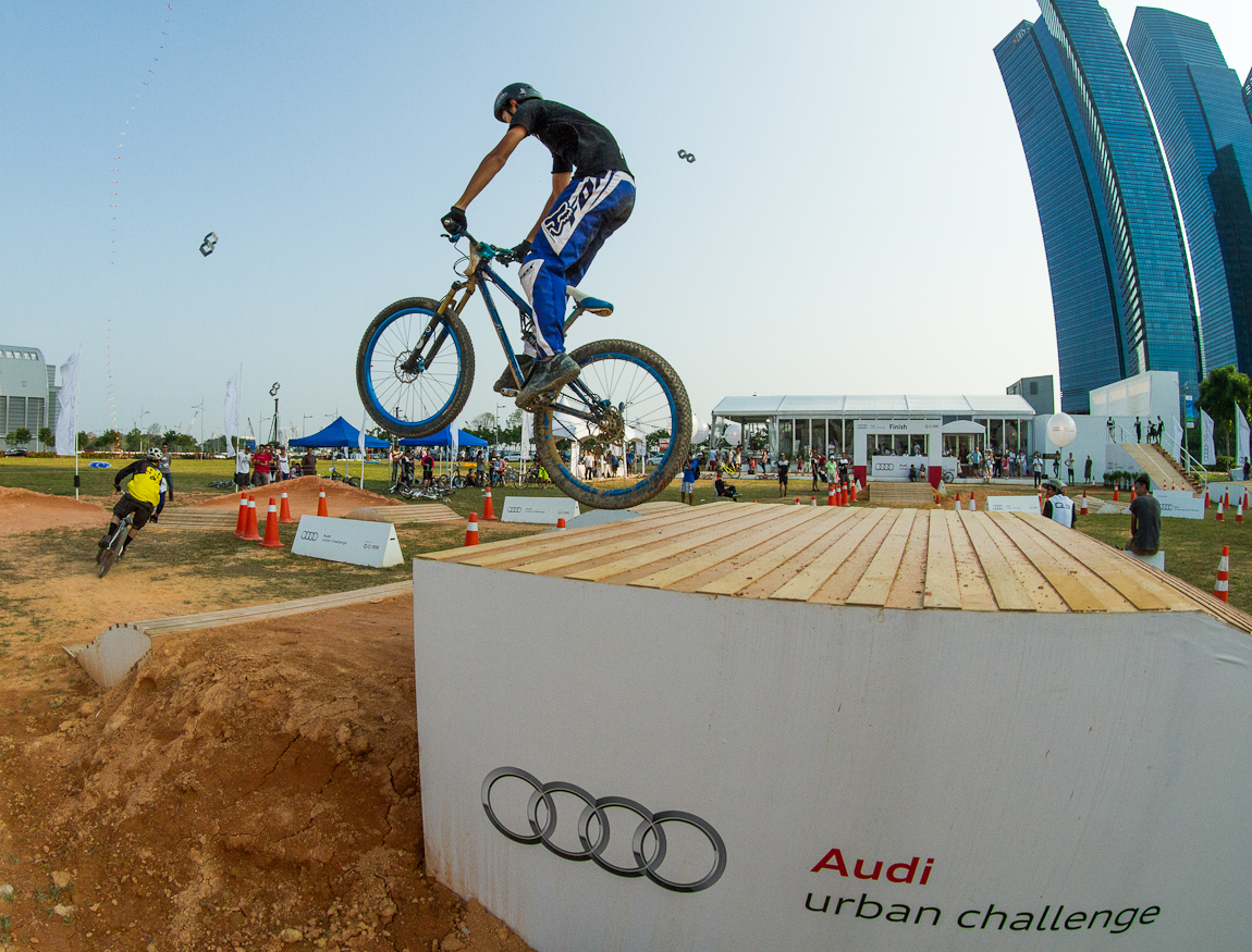 Audi Urban Challenge Mountain Biking Photos