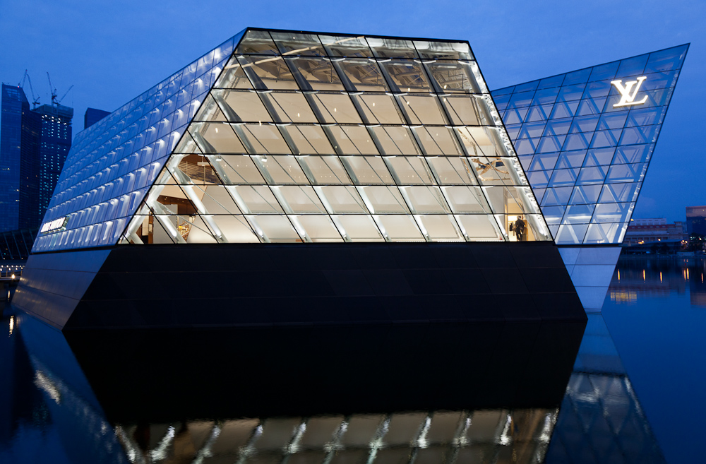 LV Shop at Marina Bay Sands Predawn