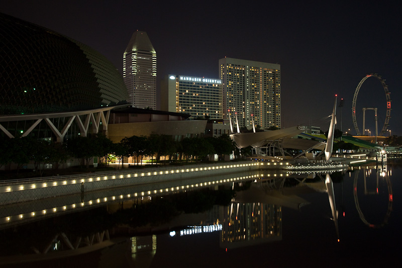 Singapore Flyer & Esplanade Skyline in Early Morning