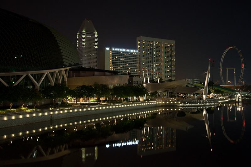 Singapore Flyer & Esplanade Skyline in Early Morning